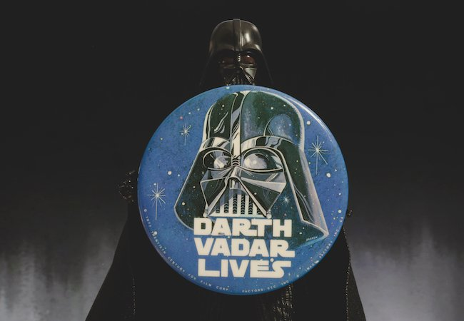 David Prowse Darth Vader Darth Vadar Lives Top franchises Mandalorian