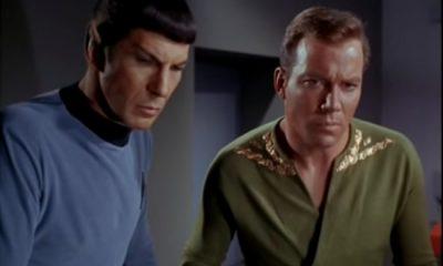 Captain Kirk and Spock Star Trek William Shatner