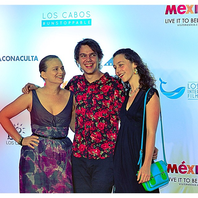 From BOYHOOD, Ellar Coltrane (middle) and producer, Cathleen Sutherland (left), on the red carpet of the Los Cabos International Film Festival. #loscabos #CaboFilmFest #unstoppable #film #moviemaker #filmfestival #boyhood #ellarcoltrane