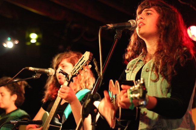 Twin sister folk group Dubb Nubb play at Citizen Jane in 2015 and other years.  Photo courtesy of Matt Schact.