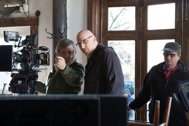DP Bobby Bukowski (left) and director Oren Moverman (center) on the set of Time Out of Mind