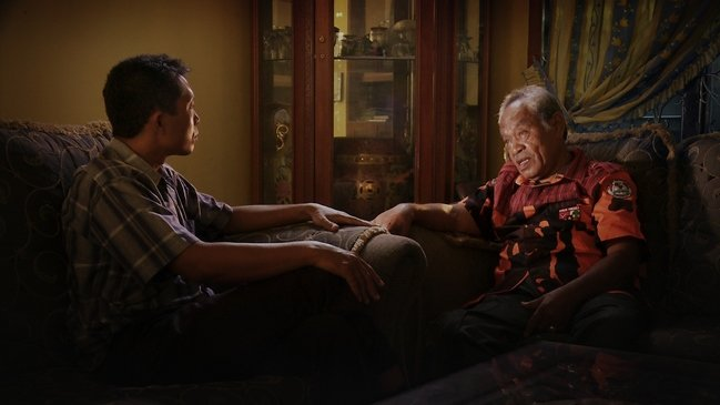 Adi Runkun questions death squad leader Amir Siahaan about his brother Ramli's murder at the hands of the military