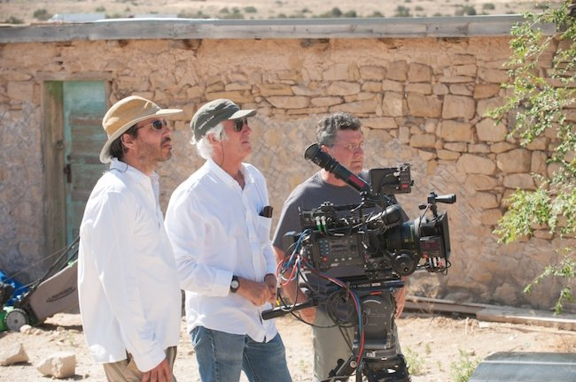 Roger Deakins (center) with Villeneuve (left) on the set of Sicario. Credit: Photograph by Richard Foreman