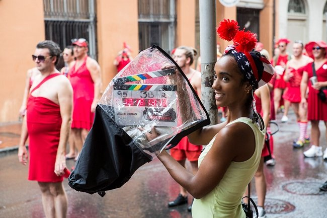 """The NCIS: New Orleans episode """"Insane in the Membrane"""" features the city's annual Red Dress Run, a charity marathon where participants dress in scarlet."""