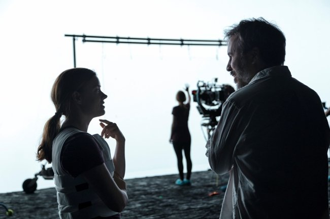 Amy Adams and Villeneuve on the set of Arrival. Courtesy of Paramount Pictures