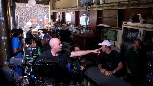 Bar scene in Papa