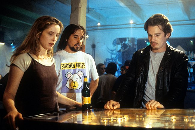 Linklater goes over a scene with Delpy and Hawke on Before Sunrise