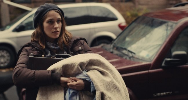 """Lola Kirke as """"Tracy"""" in MISTRESS AMERICA. Photo coutesy as Fox Searchlight Pictures. © 2015 Twentieth Century Fox Film Corporation All Rights Reserved"""