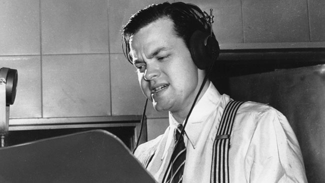 Orson Welles delivers a radio broadcast from New York (1938) - AP photo.